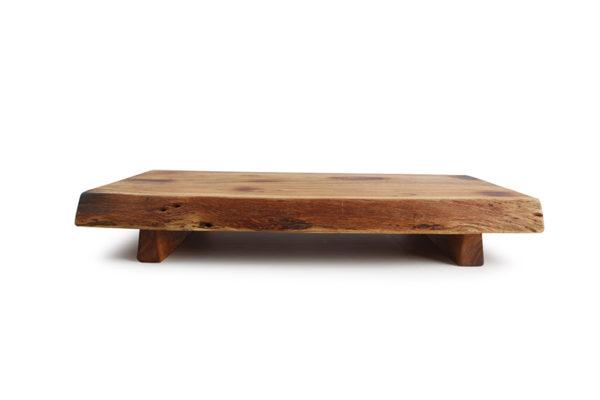 Planche à servir sur pied 50x28xH7,5cm acacia Chop